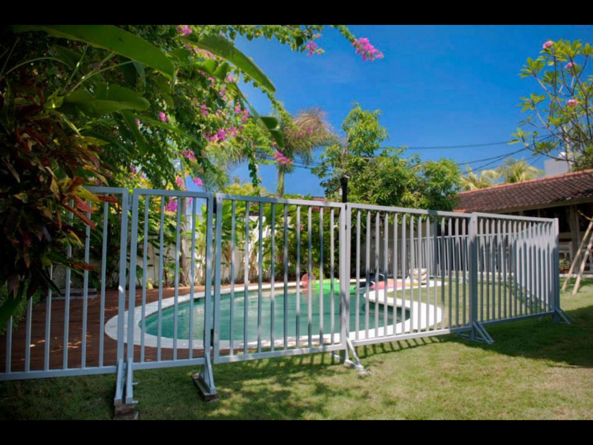 Recommended acccomodation blog archive pool fence hire accomodation tours and information for Swimming pool fence requirements nsw
